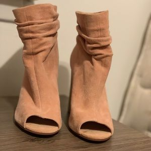 Chinese laundry heels (see description on size)